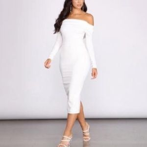 Midi crepe off the shoulder white gown